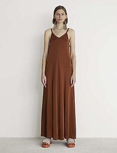 RODEBJER TAMRA - maxi dresses - cinnamon