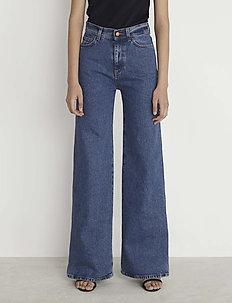 RODEBJER HALL - flared jeans - vintage blue