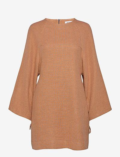 RODEBJER ELURETTA WEAVE - korte kjoler - sharp orange