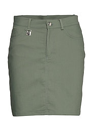 Firm Skort - PALM GREEN