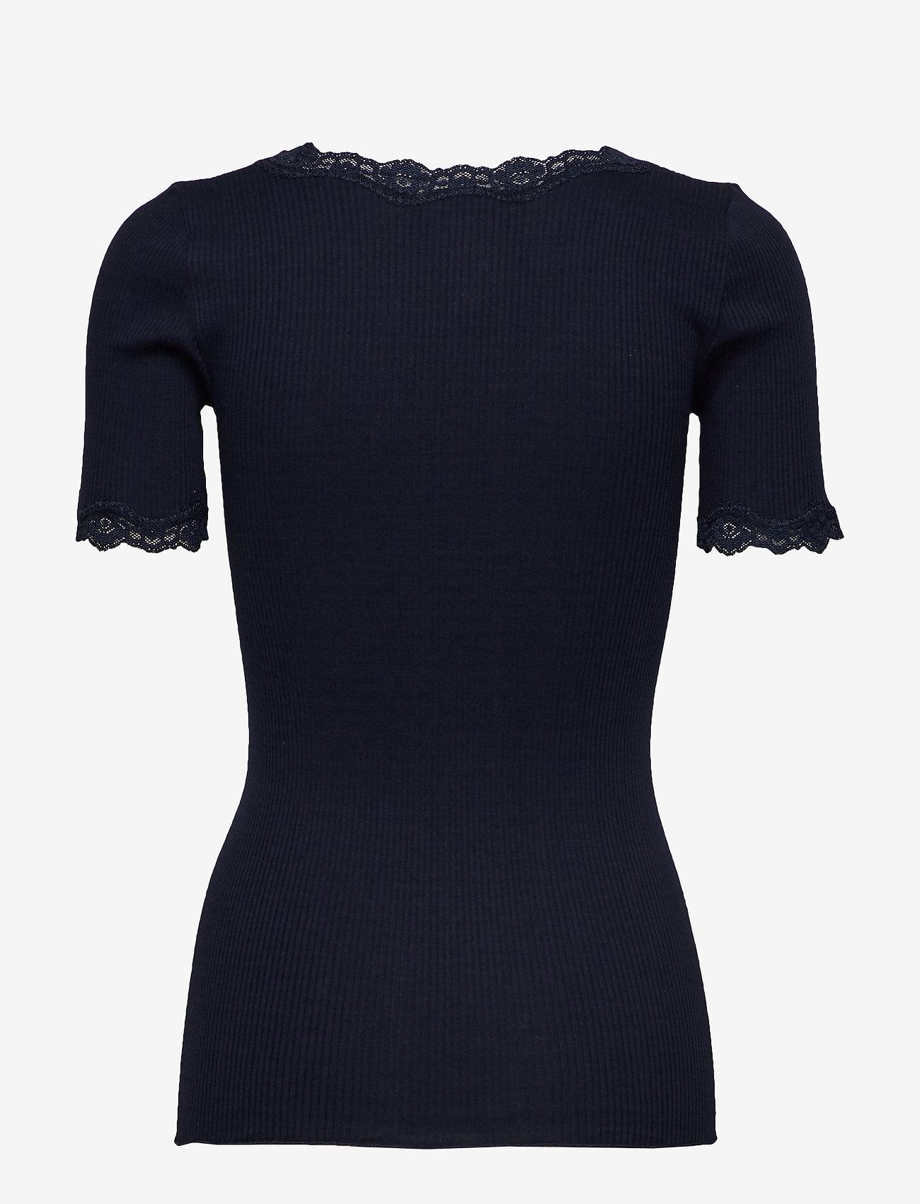 Rosemunde - Organic t-shirt regular ss w/ rev,v - t-shirts - navy - 1