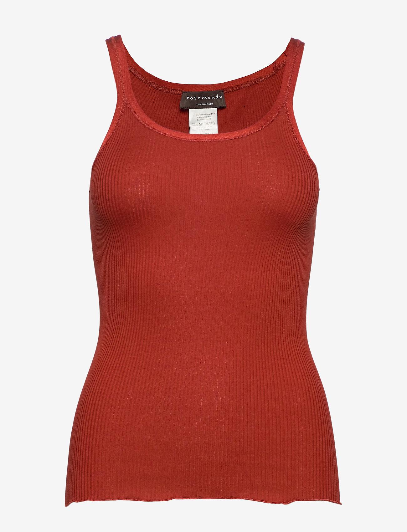 Rosemunde - Silk top regular w/elastic band - ermeløse topper - red ochre - 0
