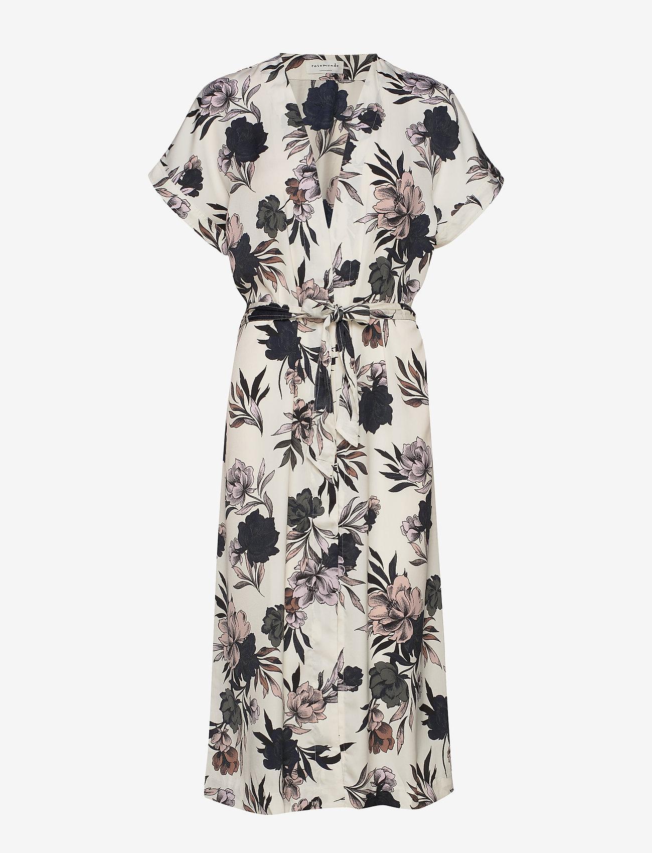 Rosemunde - Dress ss - omlottklänningar - ivory spring blossom print - 0