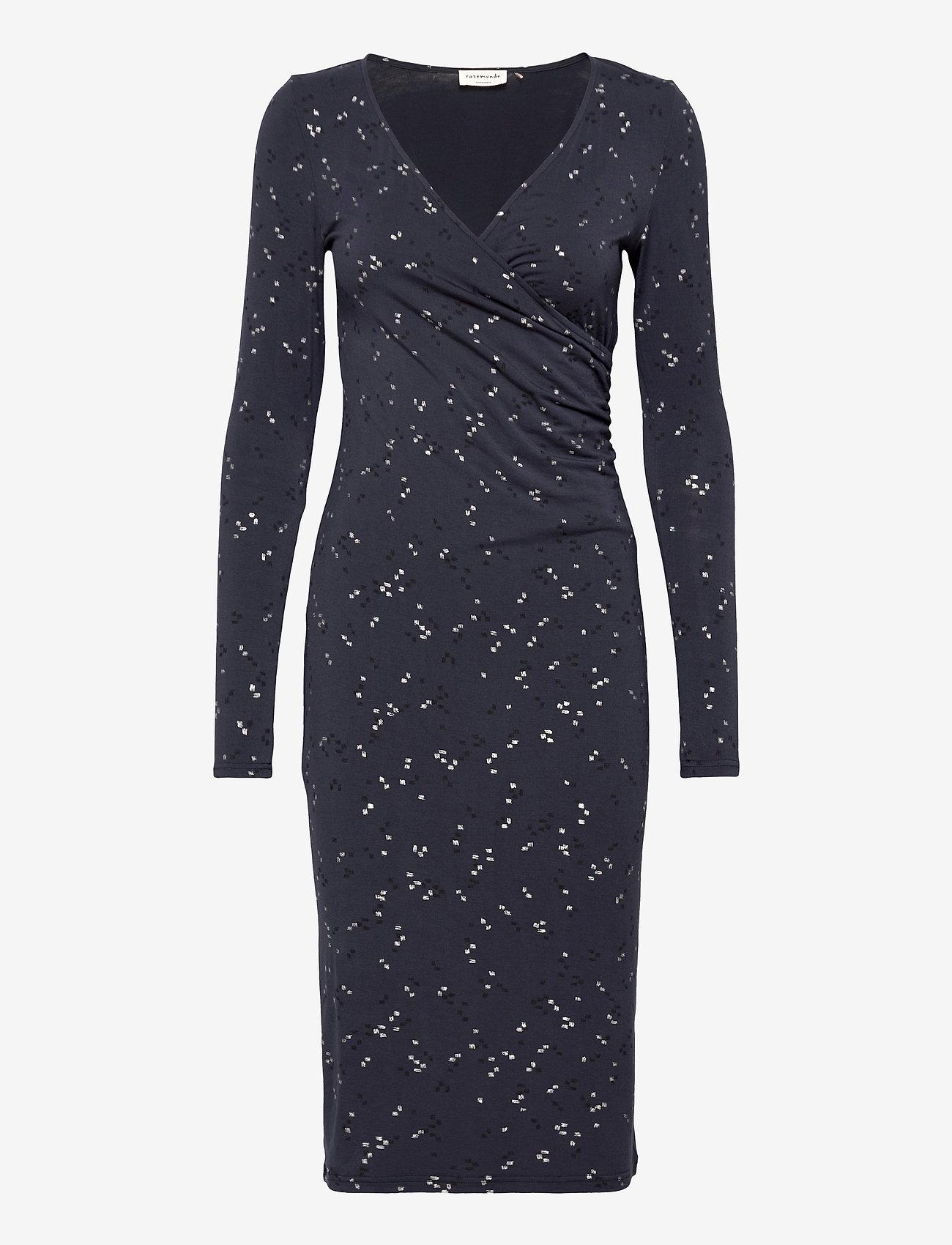 Rosemunde - Dress ls - vardagsklänningar - blue square print - 0