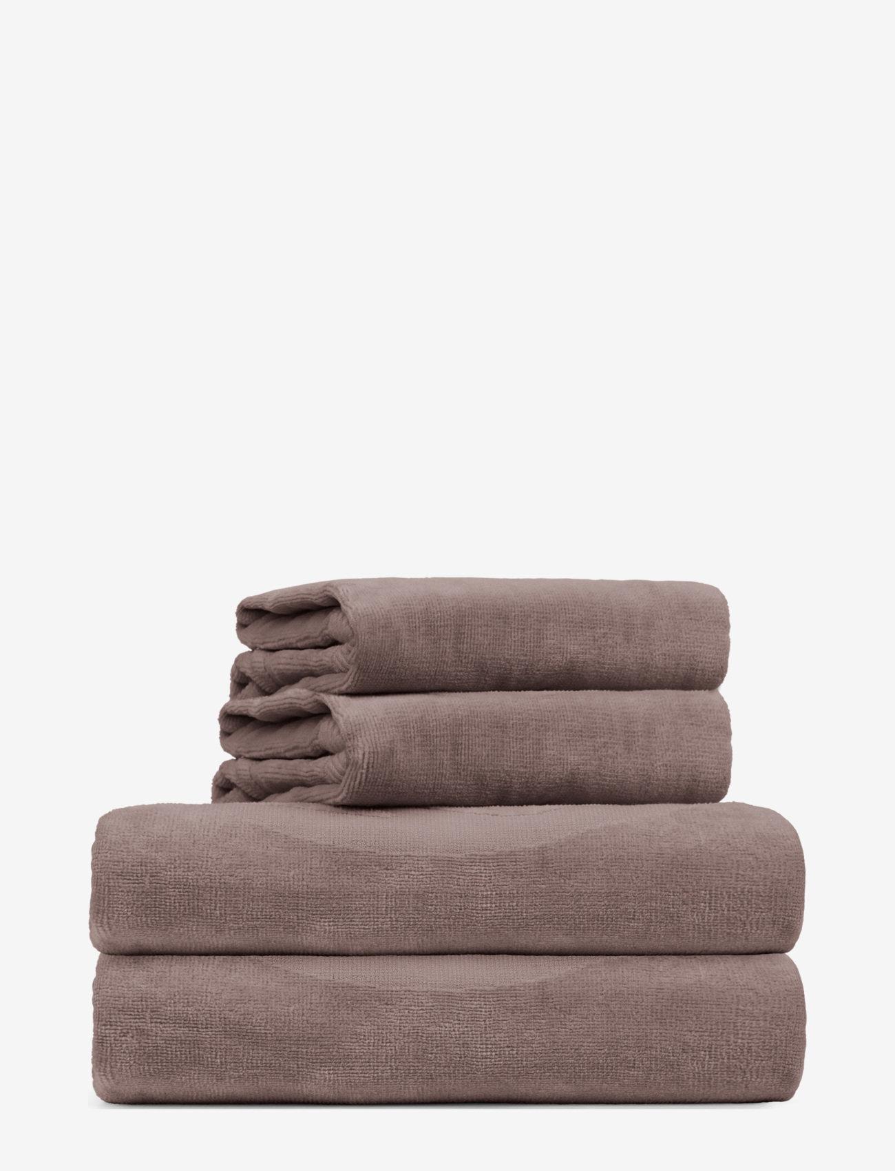 Rosemunde - towel 95x140cm - hand towels & bath towels - dusty brown - 0