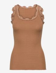 Rosemunde - Silk top regular w/vintage lace - topi bez piedurknēm - almond - 0
