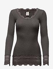 Rosemunde - Silk t-shirt medium ls w/wide lace - langermede topper - dark grey melange - 1