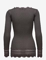 Rosemunde - Silk t-shirt medium ls w/wide lace - langermede topper - dark grey melange - 2