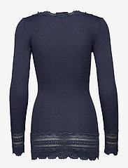 Rosemunde - Silk t-shirt medium ls w/wide lace - langermede topper - true navy - 1