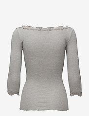 Rosemunde - Silk t-shirt boat neck regular w/vi - langermede topper - light grey melange - 1