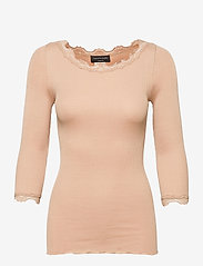 Rosemunde - Silk t-shirt boat neck regular w/vi - langärmlige tops - pure sand - 0
