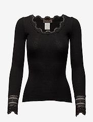 Silk t-shirt w/ lace - BLACK