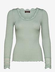 Silk t-shirt w/ lace - BLUE MINT