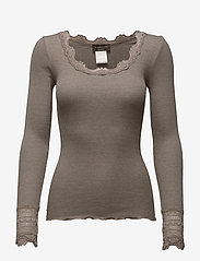Rosemunde - Silk t-shirt regular ls w/wide lace - długi rękaw - brown melange - 0