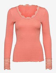Silk t-shirt w/ lace - DARK PEACH
