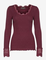 Silk t-shirt w/ lace - MERLOT