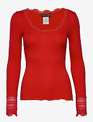 Silk t-shirt w/ lace - SPICY RED