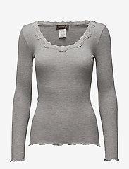 Rosemunde - Silk t-shirt w/ lace - långärmade toppar - light grey melange - 0
