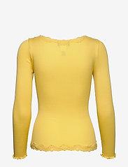 Rosemunde - Silk cardigan regular ls w/rev vint - cardigans - corn - 1