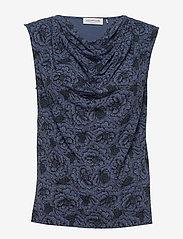 Rosemunde - T-shirt ss - ermeløse bluser - true navy rose print - 0