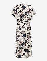 Rosemunde - Dress ss - omlottklänningar - ivory spring blossom print - 1