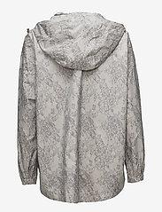 Rosemunde - Cape - regenkleding - dove lace print - 2