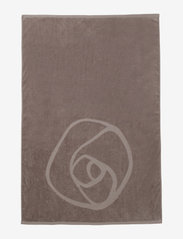 Rosemunde - towel 95x140cm - hand towels & bath towels - dusty brown - 1