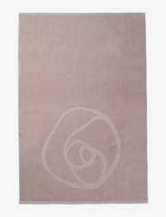 Rosemunde - towel 95x140cm - hand towels & bath towels - vintage powder - 1