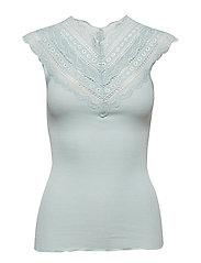 Silk top regular w/ wide lace - CLOUD BLUE
