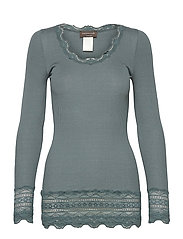 Silk t-shirt medium ls w/wide lace - STORMY WEATHER