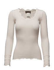 Silk t-shirt regular ls w/wide lace - SOFT POWDER