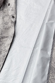 Rosemunde - Cape - regenkleding - dove lace print - 5