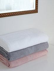 Rosemunde - Towel - ręczniki kąpielowe - new white - 3