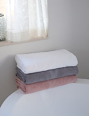 Rosemunde - Towel - hand towels & bath towels - vintage powder - 1