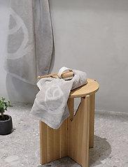 Rosemunde - towel 45x65cm - ręczniki kąpielowe - charcoal grey - 2