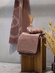 Rosemunde - towel 45x65cm - hand towels & bath towels - dusty brown - 2