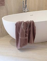 Rosemunde - towel 95x140cm - håndklæder - dusty brown - 3