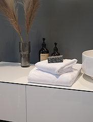 Rosemunde - towel 95x140cm - hand towels & bath towels - new white - 2