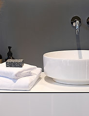 Rosemunde - towel 95x140cm - hand towels & bath towels - new white - 3