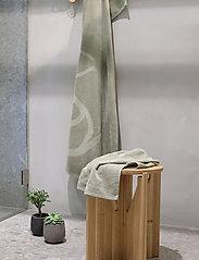 Rosemunde - towel 95x140cm - hand towels & bath towels - seagrass - 2