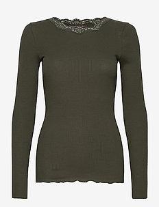 Organic t-shirt regular w/lace - langærmede toppe - black green
