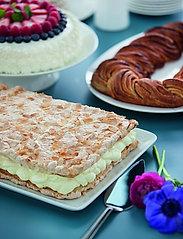 Rosendahl - Grand Cru Serving dish 35x28,5 - tarjoiluastiat ja -lautaset - white - 2