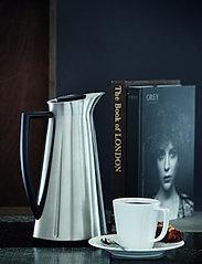 Rosendahl - Grand Crus jug 1,0 l - kannut & karahvit - steel - 2