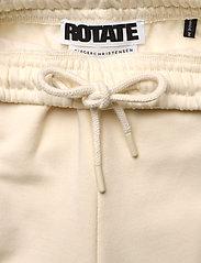 ROTATE Birger Christensen - Mimi Sweatpants Small Print - neue mode - winter white - 3
