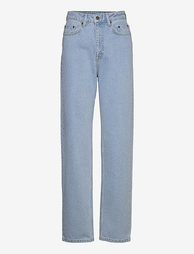 Betty Jeans - broeken met wijde pijpen - light blue denim