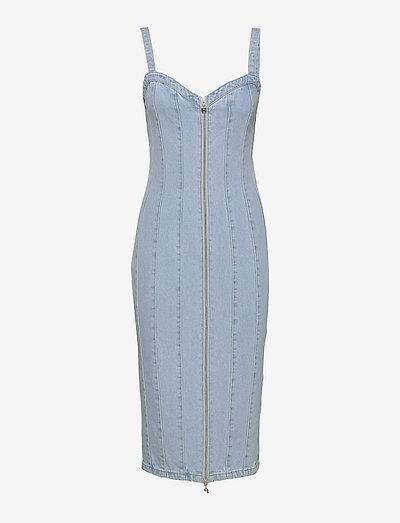 Kayla Dress - sommerkjoler - light blue denim