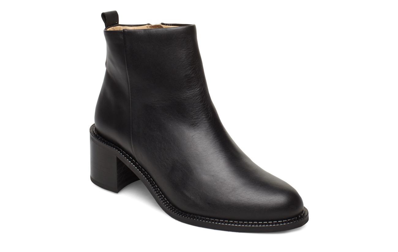 Royal RepubliQ Town Ankle Boot - BLACK