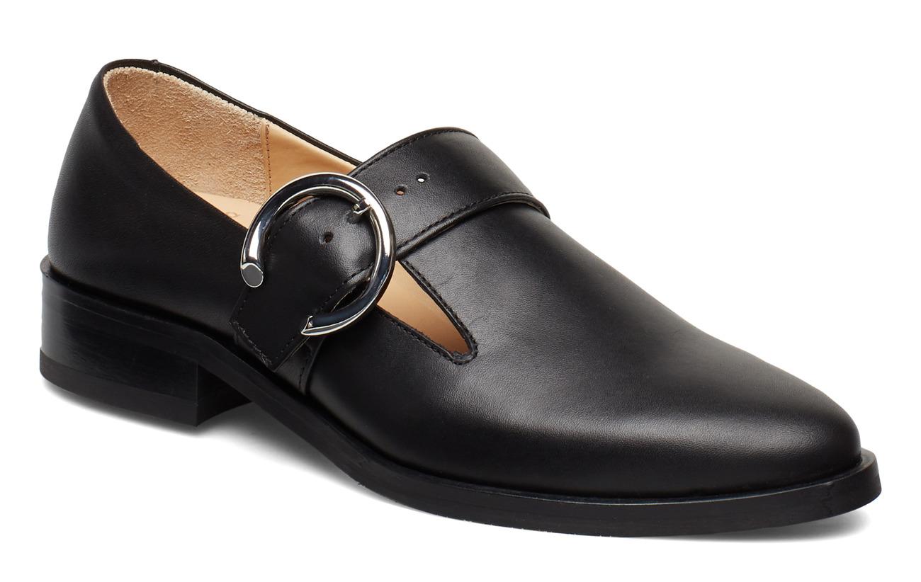 Royal RepubliQ Prime Buckle Shoe - BLACK