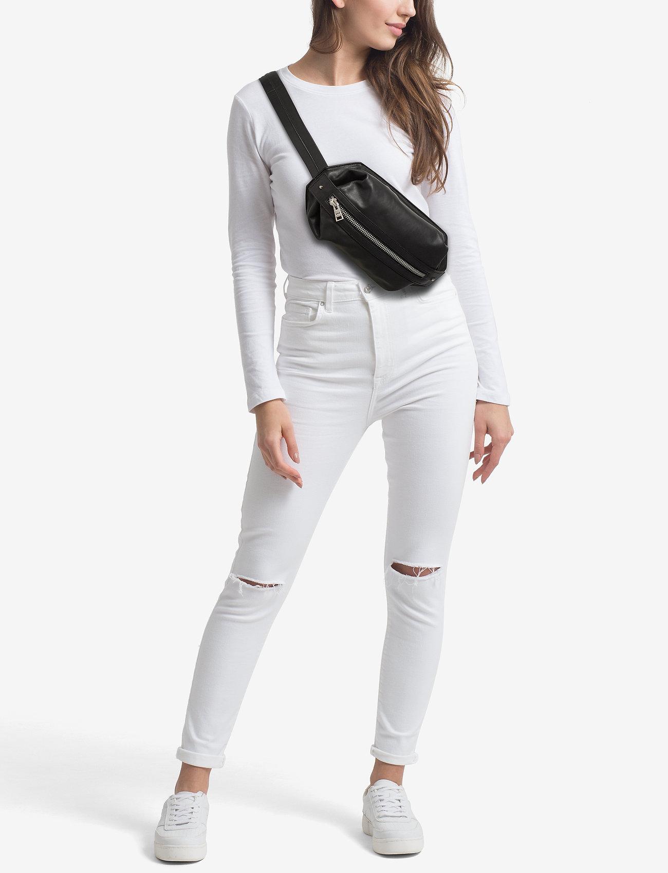 Royal RepubliQ Bond Crossbody Bum Bag - BLACK