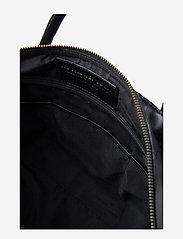 Royal RepubliQ - Supreme Day Bag - weekend bags - black - 5